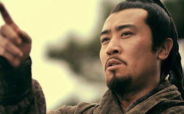 Tam quốc diễn nghĩa: Mổ xẻ mới thấy toan tính của Lưu Bị khi ném con trước mặt Triệu Vân - Ảnh 4.