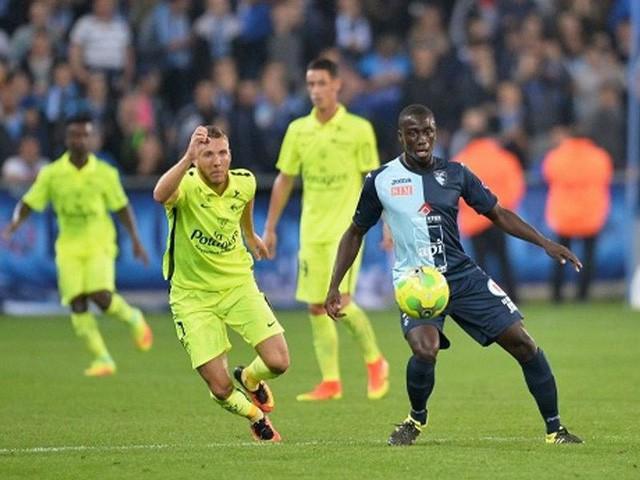 Ligue 2 khắc nghiệt thế nào với cầu thủ châu Á như Công Phượng?  - Ảnh 1.