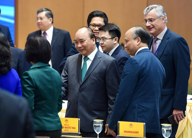 Những khoảnh khắc ấn tượng trong lễ ký kết lịch sử giữa Việt Nam và EU - Ảnh 2.