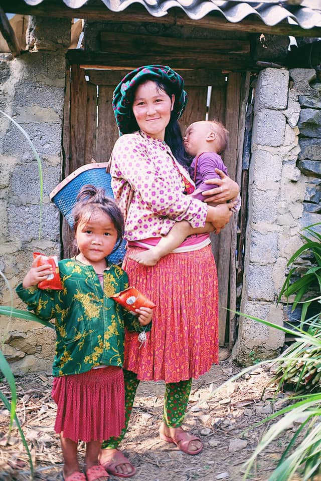 """Cuộc trò chuyện lúc nửa đêm với cô gái đi Hà Giang để """"gom về một vườn trẻ"""": Chỉ mong các em mãi giữ được sự thuần khiết như hoa như sương vùng đất này - Ảnh 35."""