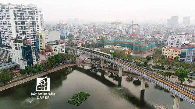 Sau 11 năm xây dựng, hình hài toàn tuyến metro đầu tiên của Việt Nam tại Hà Nội hiện nay như thế nào? - Ảnh 2.
