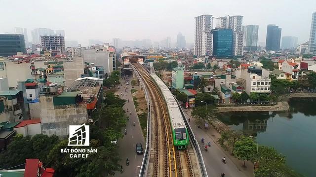 Sau 11 năm xây dựng, hình hài toàn tuyến metro đầu tiên của Việt Nam tại Hà Nội hiện nay như thế nào? - Ảnh 19.