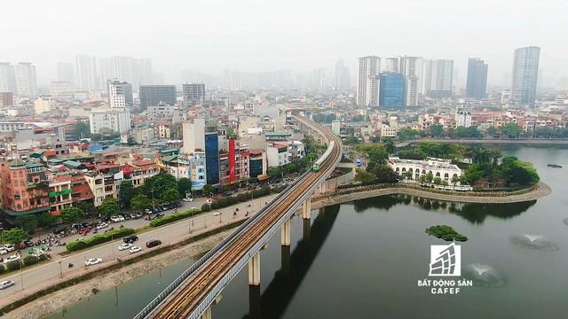 Sau 11 năm xây dựng, hình hài toàn tuyến metro đầu tiên của Việt Nam tại Hà Nội hiện nay như thế nào? - Ảnh 3.