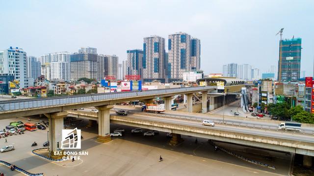 Sau 11 năm xây dựng, hình hài toàn tuyến metro đầu tiên của Việt Nam tại Hà Nội hiện nay như thế nào?  - Ảnh 23.