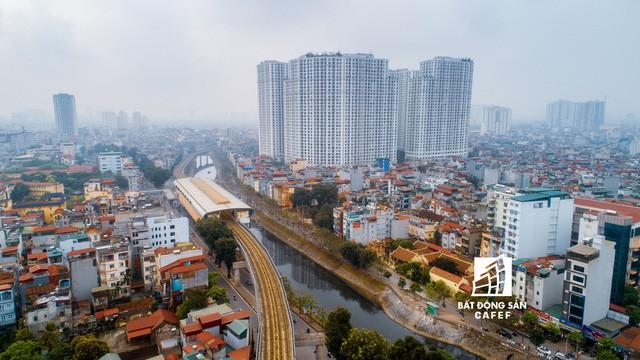 Sau 11 năm xây dựng, hình hài toàn tuyến metro đầu tiên của Việt Nam tại Hà Nội hiện nay như thế nào?  - Ảnh 5.