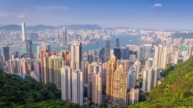 Bong bóng bất động sản Hồng Kông đứng trước nguy cơ nổ tung - Ảnh 1.