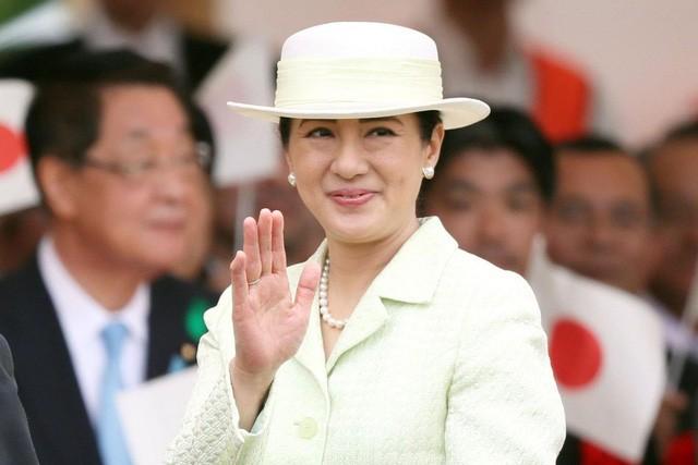 Hoàng hậu Masako: Từ vương phi u sầu, bị coi là gánh nặng cho chồng con, trở thành một mẫu nghi thiên hạ được phụ nữ Nhật tôn sùng - Ảnh 2.
