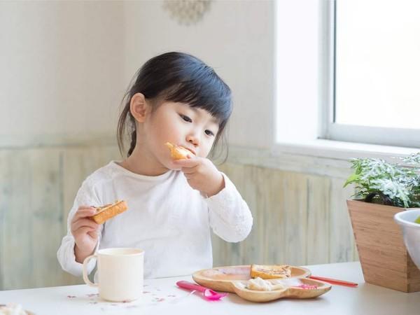 Kỹ năng nuôi dạy con siêu đẳng của cha mẹ Nhật để trẻ thông minh và có trách nhiệm hơn - Ảnh 3.