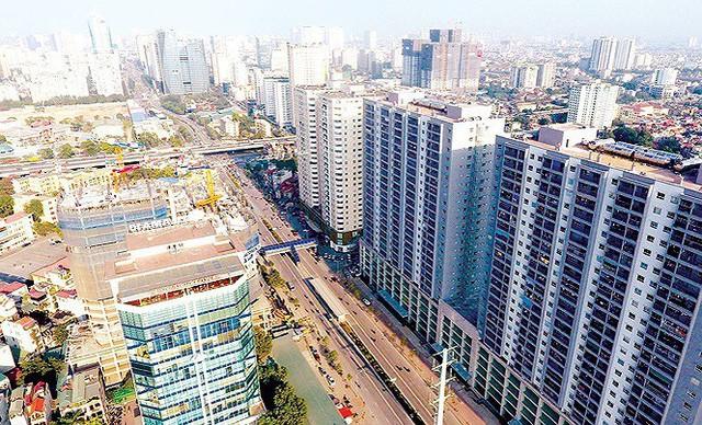 Dân Thủ đô kêu trời vì loạt cao ốc đu bám hai bên tuyến phố chỉ rộng gần 10m - Ảnh 12.