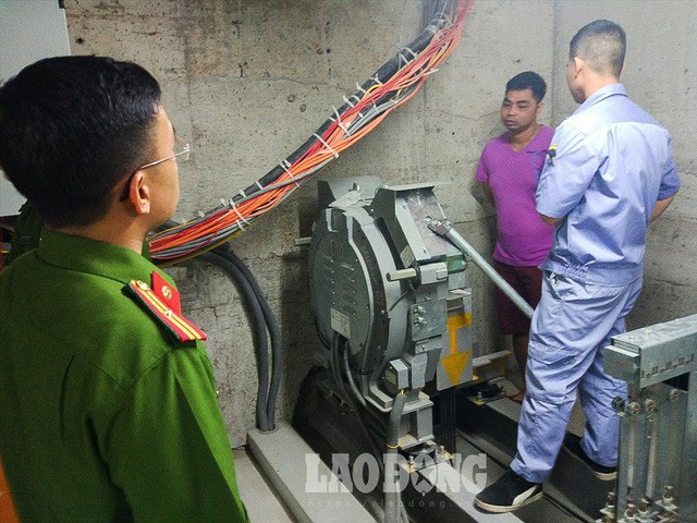 Thiết kế thang máy thay đổi, dân chung cư Ngoại giao đoàn sống trong lo sợ - Ảnh 6.