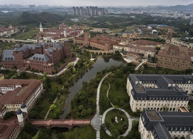 Hé lộ cuộc sống nhân viên Huawei tại công ty công nghệ kín tiếng bậc nhất thế giới - Ảnh 1.