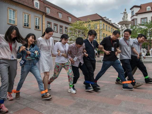 Hé lộ cuộc sống nhân viên Huawei tại công ty công nghệ kín tiếng bậc nhất thế giới - Ảnh 15.