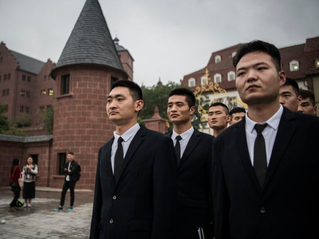 Hé lộ cuộc sống nhân viên Huawei tại công ty công nghệ kín tiếng bậc nhất thế giới - Ảnh 18.