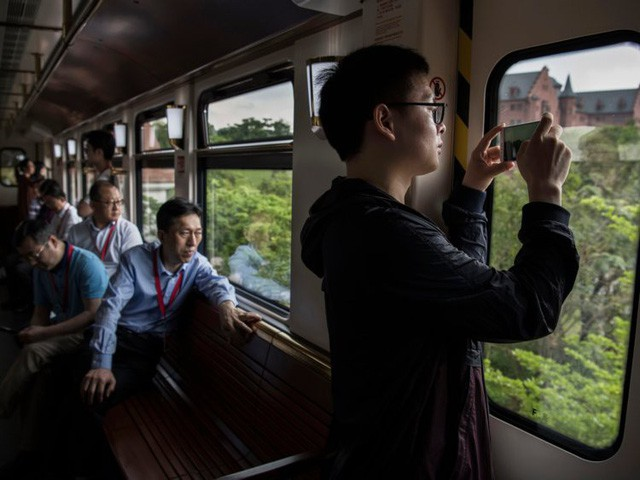 Hé lộ cuộc sống nhân viên Huawei tại công ty công nghệ kín tiếng bậc nhất thế giới - Ảnh 3.