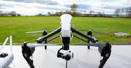 Mỹ tính cấm quân đội mua thiết bị bay giám sát của Trung Quốc - Ảnh 1.