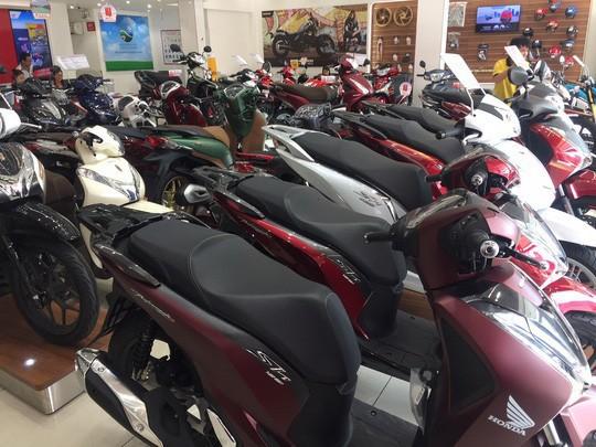 Mỗi ngày người Việt mua hơn 8.300 xe máy - Ảnh 1.