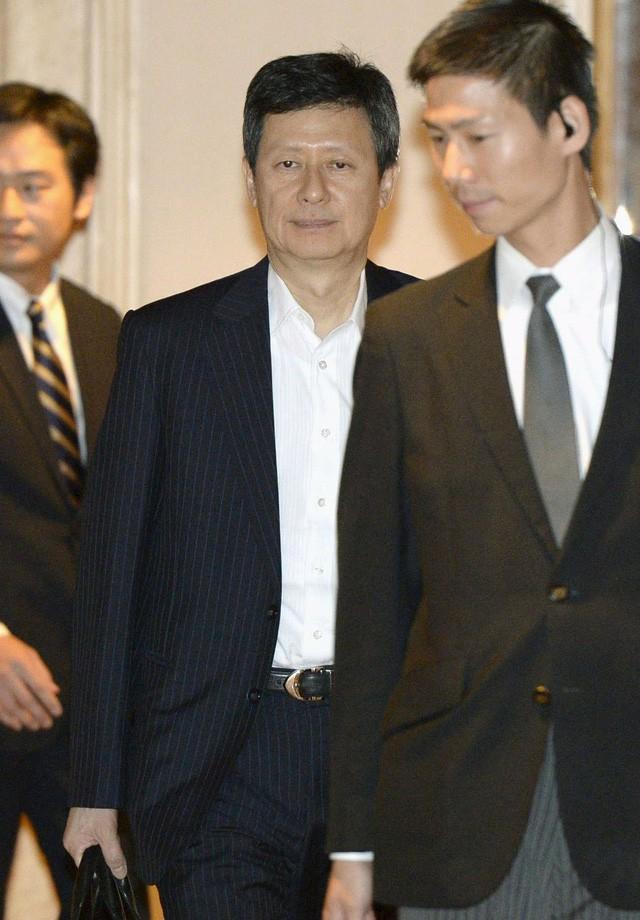 Cuộc chiến khốc liệt của các hoàng tử hé lộ góc khuất đáng sợ trong những chaebol đình đám Hàn Quốc - Ảnh 2.