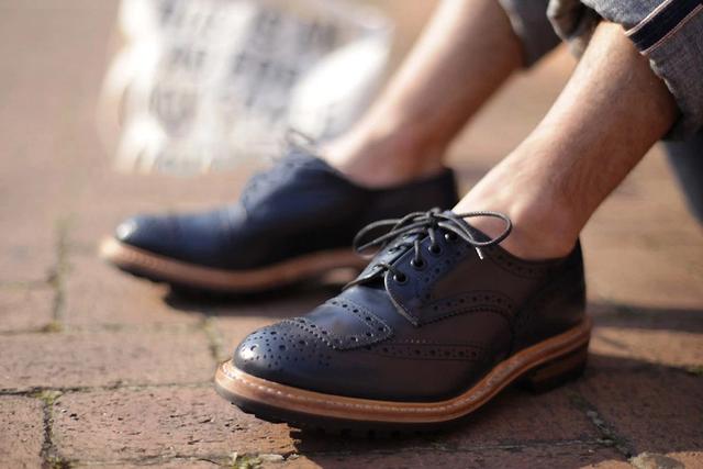 Đánh giá tính cách một người qua chính đôi giày họ đi, bài học đơn giản mà ai cũng cần biết - Ảnh 2.