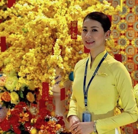 Hành khách để quên balô có 2 sổ hộ khẩu, đồng hồ Rolex ở sân bay Tân Sơn Nhất  - Ảnh 2.