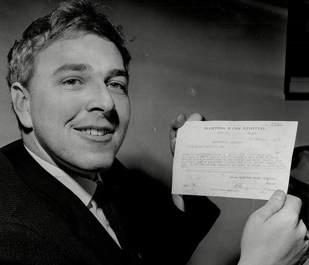 Người đàn ông làm giàu bằng Mặt Trăng: Thắng cược 24.000 USD khi tin rằng con người sẽ đặt chân lên nhà Chị Hằng - Ảnh 2.