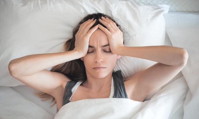 Người trưởng thành nên ngủ ít nhất 7 tiếng mỗi đêm nếu không những điều kinh khủng sẽ đến với toàn bộ cơ thể  - Ảnh 4.