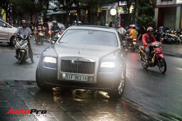 Cận cảnh dàn xe trăm tỷ tham dự đám cưới Cường Đô-la, Đàm Thu Trang - Ảnh 10.