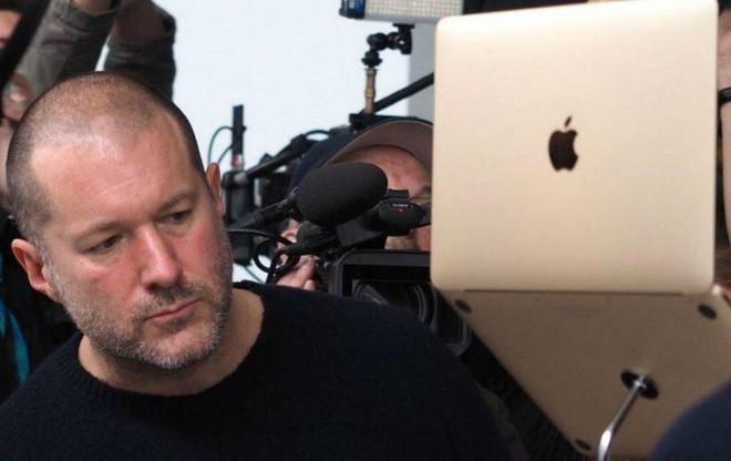 """jony ive, apple - photo 3 15621178579452072005716 - Những chiếc laptop không thể lắp thêm RAM và """"di sản"""" thực sự của Jony Ive (cùng Apple)"""