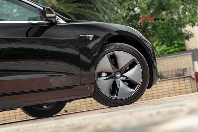 Đánh giá nhanh Tesla Model 3 đầu tiên Việt Nam: 8 điểm thú vị ít ai biết sau mức giá hơn 3 tỷ đồng - Ảnh 21.