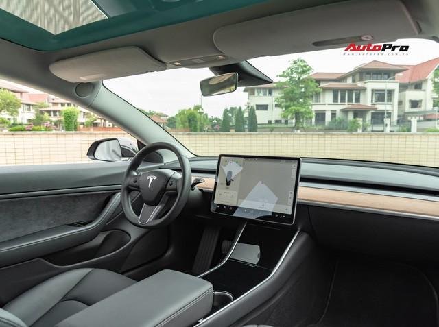 Đánh giá nhanh Tesla Model 3 đầu tiên Việt Nam: 8 điểm thú vị ít ai biết sau mức giá hơn 3 tỷ đồng - Ảnh 26.
