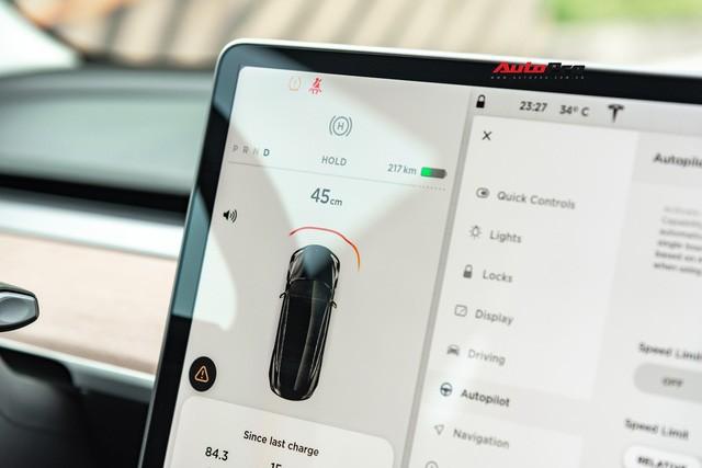 Đánh giá nhanh Tesla Model 3 đầu tiên Việt Nam: 8 điểm thú vị ít ai biết sau mức giá hơn 3 tỷ đồng - Ảnh 9.