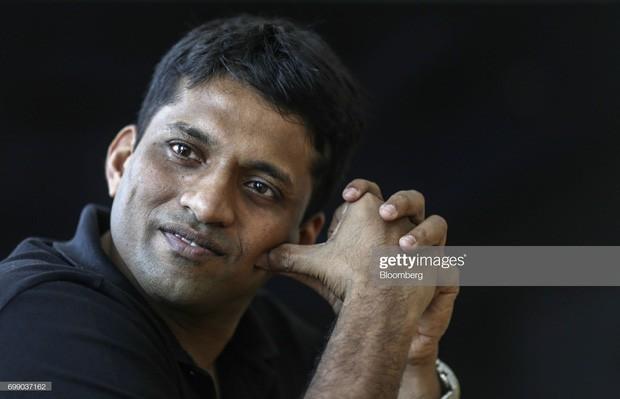 byju raveendran - photo 1 1564537003713244763392 - Bỏ nghề dạy thêm khi đang ở đỉnh cao sự nghiệp, 8 năm sau thầy giáo trẻ trở thành tỷ phú: Anh ấy đã làm thế nào?