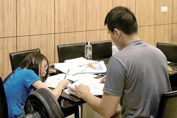 Mặt tối của nền giáo dục Singapore: Cả tỷ USD được chi mỗi năm vì nỗi ám ảnh Kiasu, trẻ em 12 tuổi thi chuyển cấp khắc nghiệt chẳng kém đại học - Ảnh 5.