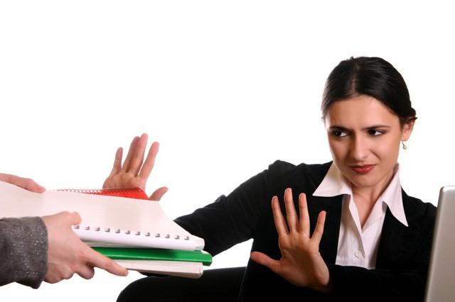 Cách khôn ngoan để nói KHÔNG với lời đề nghị của sếp: Vấn đề nan giải khiến nhân viên nào cũng đau đầu nay đã có cách giải quyết - Ảnh 1.