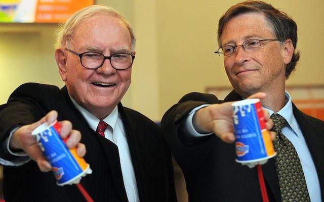 Kỷ niệm 28 năm ngày tình bạn, Bill Gates tiết lộ: Cử chỉ nhỏ chứa đựng bài học giá trị này của Warren Buffett luôn khiến tôi cảm động - Ảnh 2.