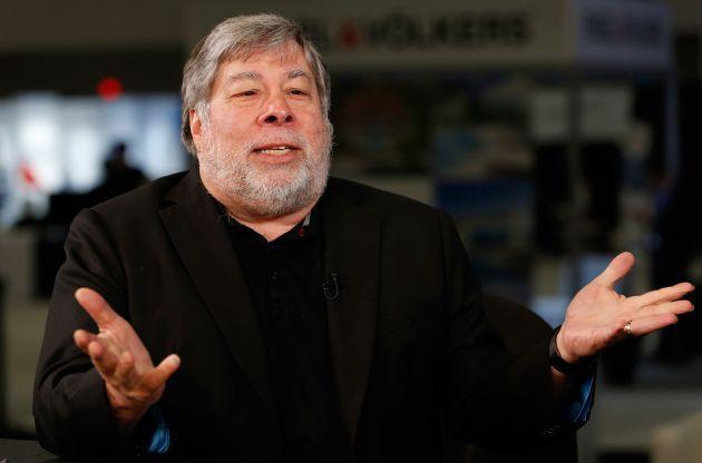 Đồng sáng lập Apple, Steve Wozniak, cảnh báo mọi người nên tránh xa Facebook mãi mãi - Ảnh 1.