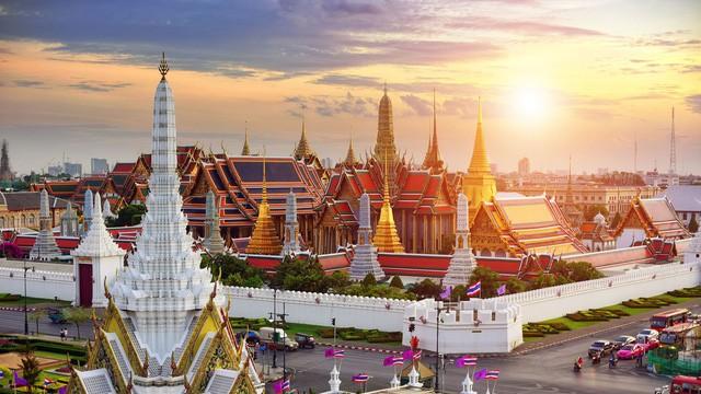 Du lịch Thái Lan: Nếu lần đầu đặt chân sang xứ sở Chùa Vàng, đây là những trải nghiệm bạn nhất định phải thử! - Ảnh 1.