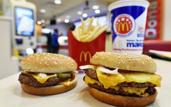 Khởi nghiệp kiểu McDonald : Loay hoay 8 năm định hình triết lý, cải tiến liên tục cho đến khi tìm thấy tướng tài từ nhân viên pha sữa lắc - Ảnh 2.