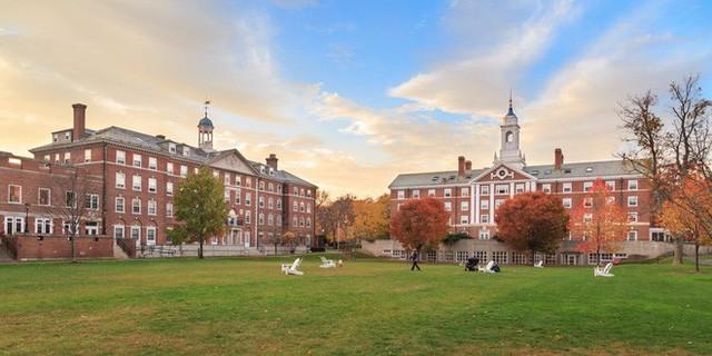 Muốn thành công hãy học ở Harvard, ngôi trường mà cựu sinh viên toàn là Tổng thống, tỷ phú, CEO tập toàn hàng tỷ USD - Ảnh 1.