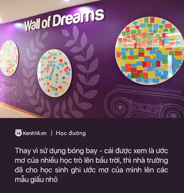 Ở Hà Nội có một ngôi trường không bao giờ thả bóng bay ngày khai giảng, học sinh có hàng loạt dự án biến chai nhựa thành gạch xây trường - Ảnh 2.