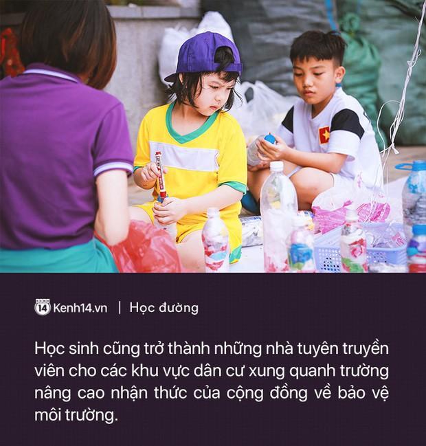 Ở Hà Nội có một ngôi trường không bao giờ thả bóng bay ngày khai giảng, học sinh có hàng loạt dự án biến chai nhựa thành gạch xây trường - Ảnh 4.