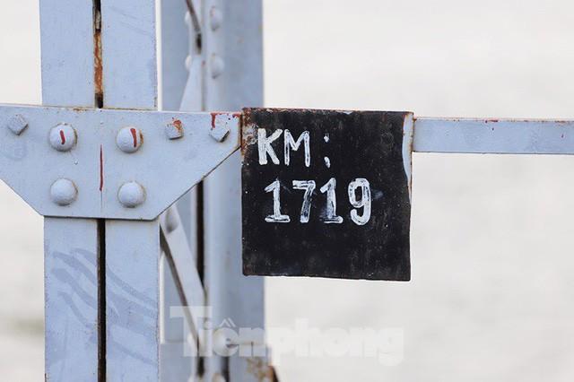 Bay trên cao ngắm cây cầu sắt 117 năm tuổi ở Sài Gòn sắp tháo dỡ - Ảnh 14.