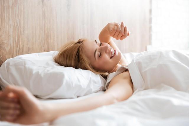 30 phút đầu tiên sau khi thức dậy sẽ quyết định ngày mới hiệu quả hay ngập trong stress: Thói quen ai cũng làm được, không cần ra khỏi giường! - Ảnh 1.