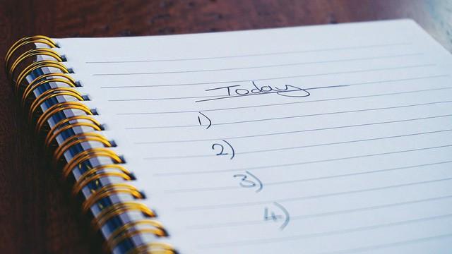 30 phút đầu tiên sau khi thức dậy sẽ quyết định ngày mới hiệu quả hay ngập trong stress: Thói quen ai cũng làm được, không cần ra khỏi giường! - Ảnh 4.