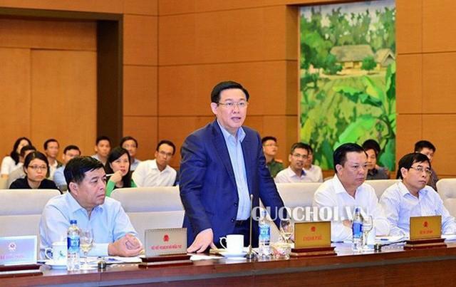 Phó Thủ tướng Vương Đình Huệ cùng 15 bộ trưởng, trưởng ngành ngồi ghế nóng trả lời chất vấn  - Ảnh 1.