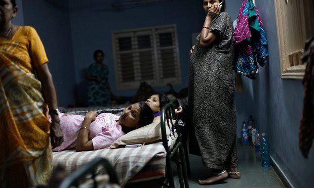 Góc khuất đằng sau ngành công nghiệp cho thuê tử cung: Nỗi đau xé lòng của những bà mẹ không bao giờ được phép nhìn thấy mặt con - Ảnh 3.