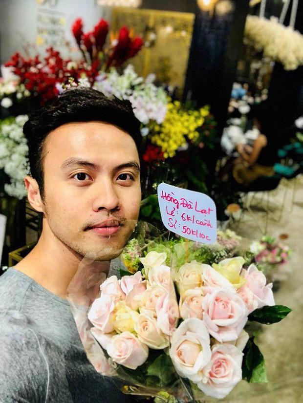 Soái ca khởi nghiệp Shark Khoa nói gì khi shop hoa bị phản ánh bán hoa héo cho khách? - Ảnh 5.