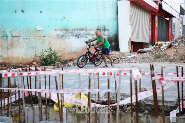 Những chiếc bẫy trên tuyến đường 3.000 tỉ ở Hà Nội  - Ảnh 8.