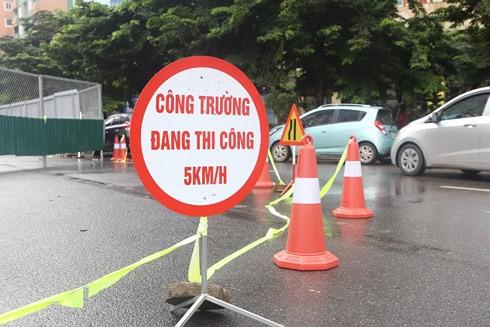 Hà Nội: Rào đường Nguyễn Cơ Thạch làm đường đua F1 - Ảnh 1.