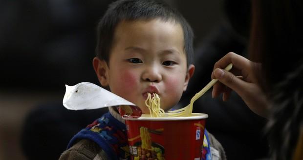 Câu chuyện về mì ăn liền ở Trung Quốc: Vua thức ăn tiện lợi bất ngờ bị thất sủng và sự hồi sinh mạnh mẽ khiến ai cũng kinh ngạc - Ảnh 9.