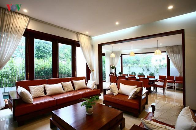 Ngôi biệt thự có nội thất phong cách kết hợp - Ảnh 6.